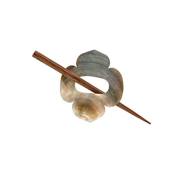 Shawl Pin Shell Clover
