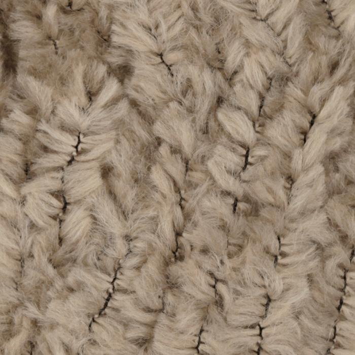 Lion Brand Luxe Fur Yarn (123) Tan