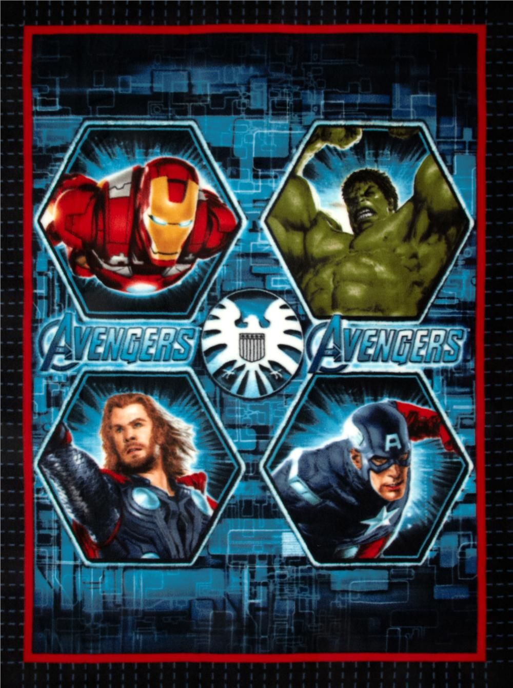 The Avengers No Sew Fleece Throw Kit Portraits Blue