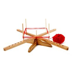 Amish-Design Wooden Yarn Swift