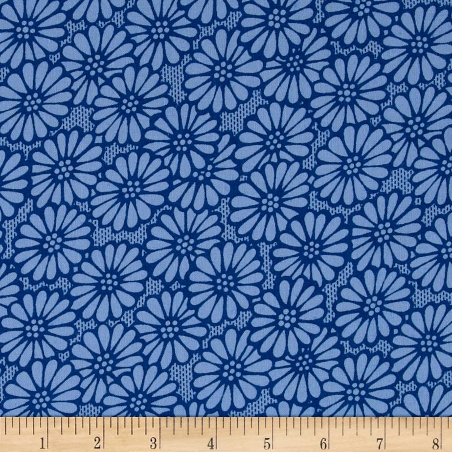 """110"""" Wide Quilt Backing Large Daisy Royal Blue"""