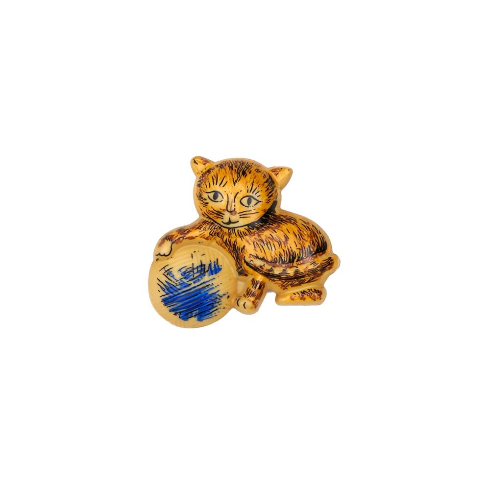 "Dill Novelty Button 1 3/16"" Kitten with Yarn Tabby Yellow/Blue"