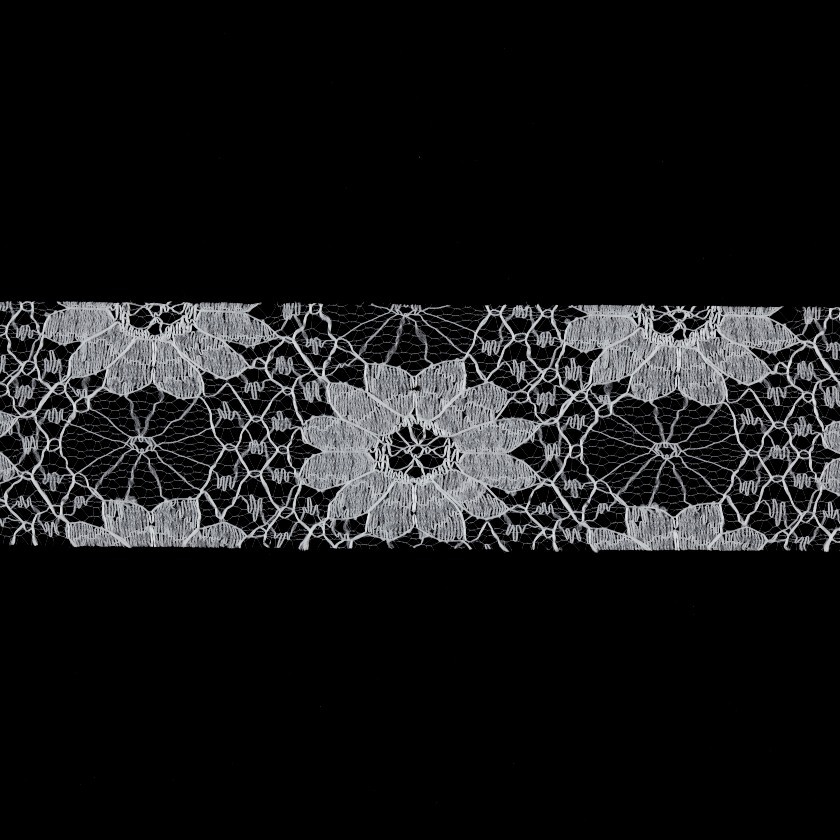 1 1/2'' Floral Lace Ribbon Ivory
