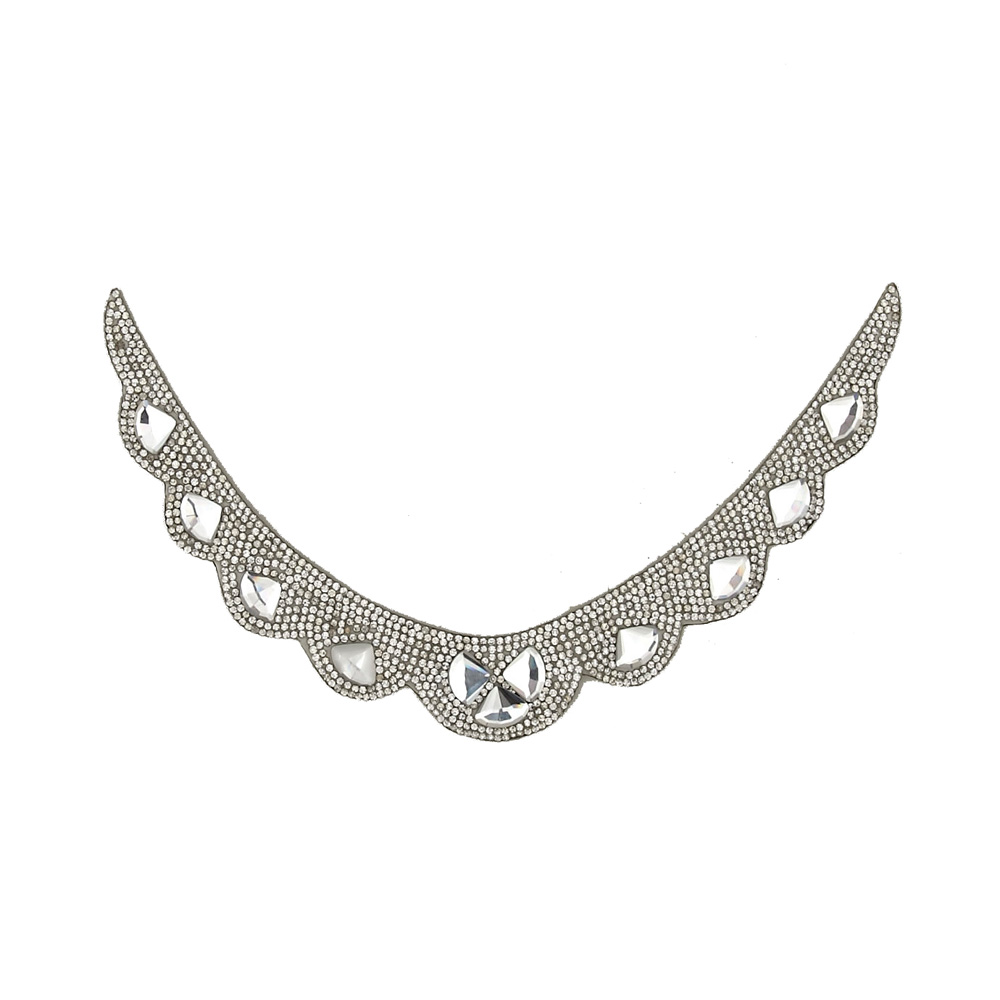 Image of 6.5'' x 3.5'' Medium Collar Iron-on Rhinestone Applique Crystal