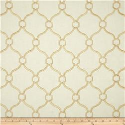 Regal Embroidered Vera Quatrefoil Golden