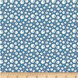 Aunt Grace Simpler Sampler Cream Flower on Blue