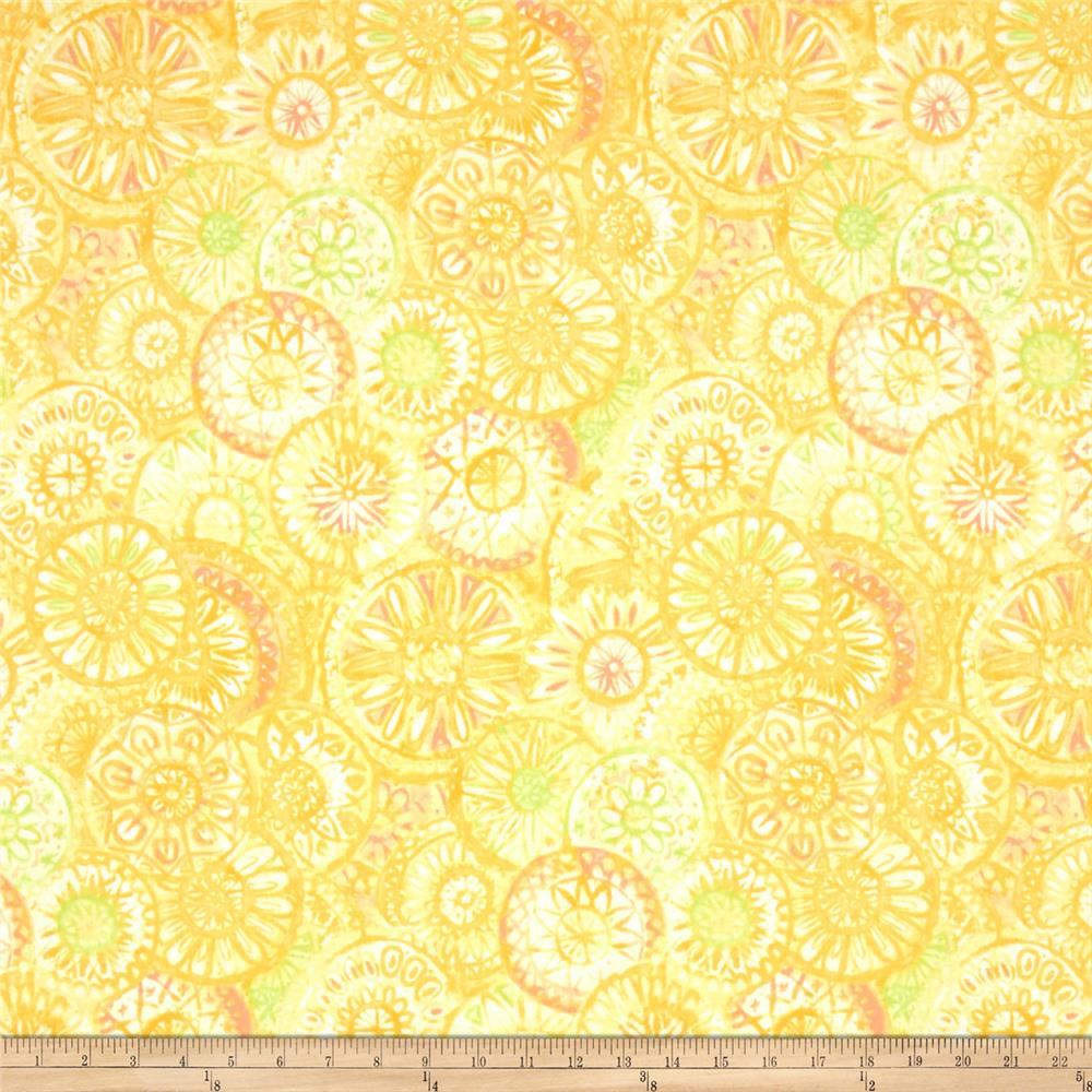Soft Dreams Large Medallion Yellow
