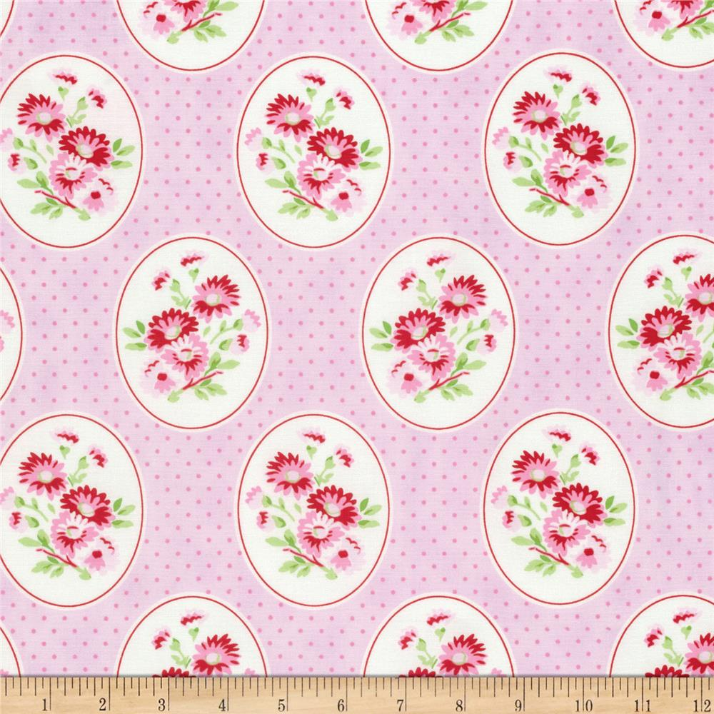 Tanya Whelan Rambling Rose Granny's Wallpaper Pink