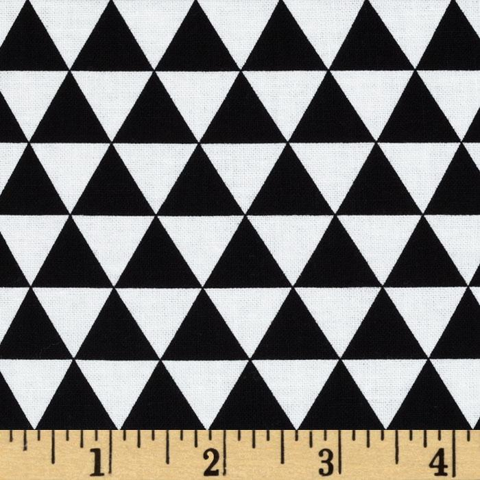 Remix Triangles Black