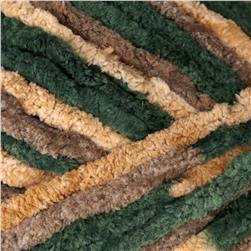 Bernat Blanket Yarn (86008) Christmas Garland