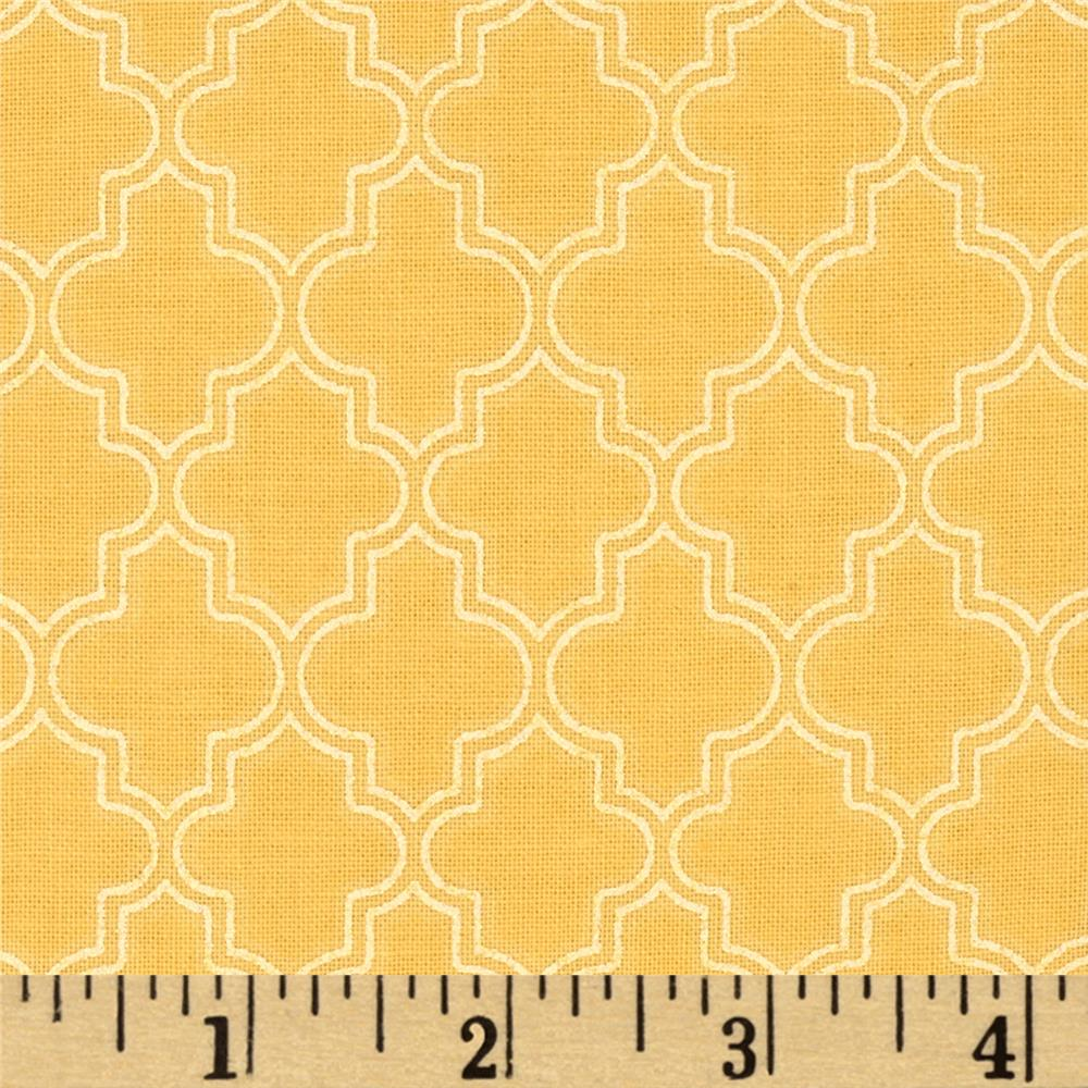 Pearl Essence Quatrefoil Yellow