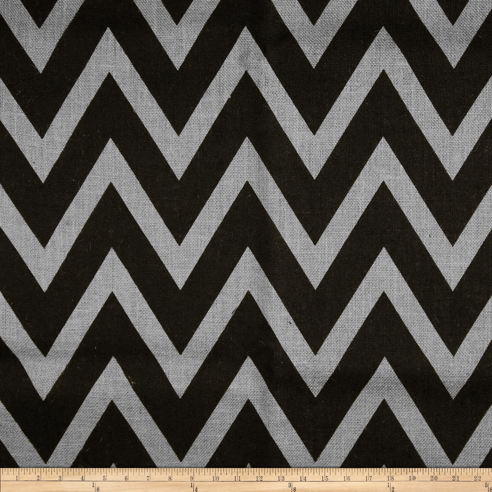 60'' Sultana Chevron Burlap Light Grey/Black