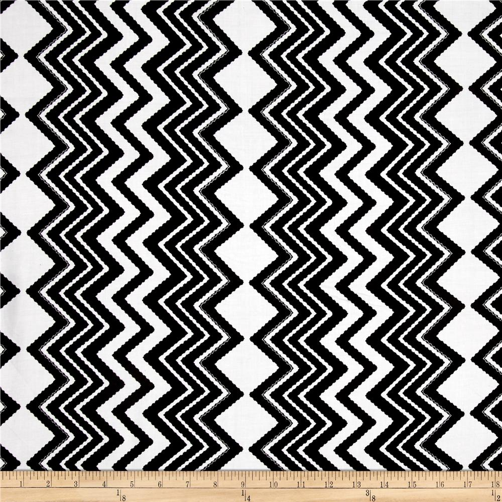 Rayon Challis Dash Chevron Black/White