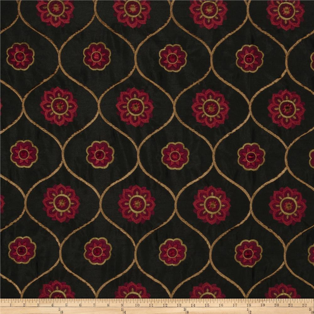 Jaclyn Smith Embroidered Quatrefoil Berry