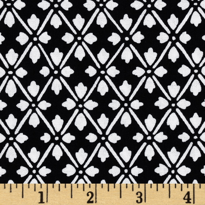 Kanvas Knitty Kitty Diamond Knit White/Black Fabric