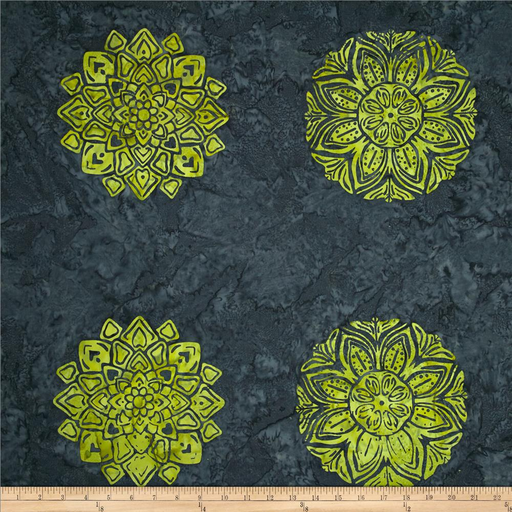 Bali Batiks Handpaints Medallion Tile Key Lime