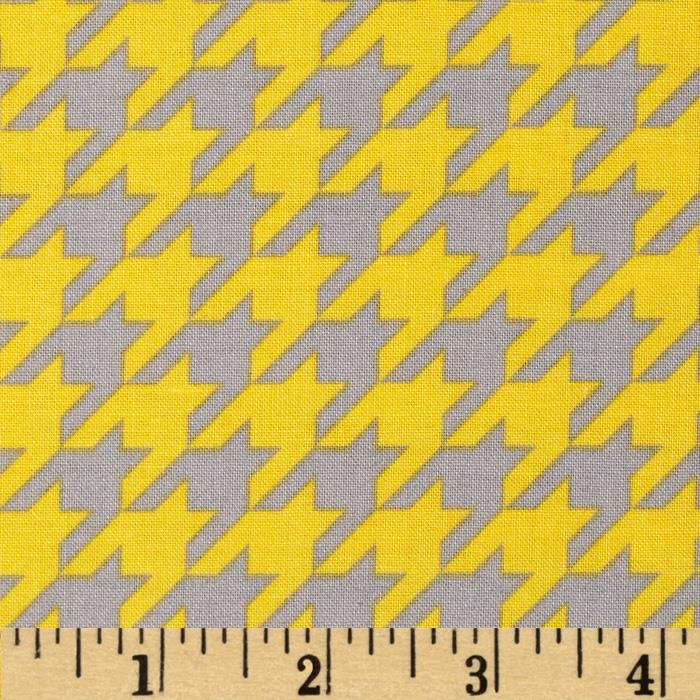 Riley Blake Medium Houndstooth Yellow/Gray