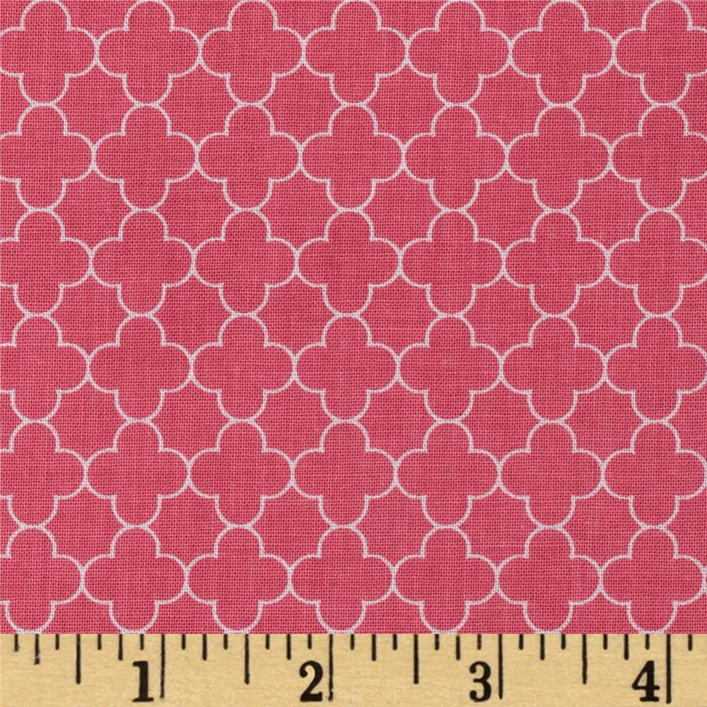 Riley Blake Mini Quatrefoil Hot Pink