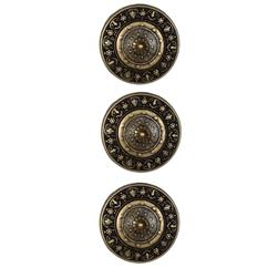 Metal Button 3/4'' Pointed Shield Brass