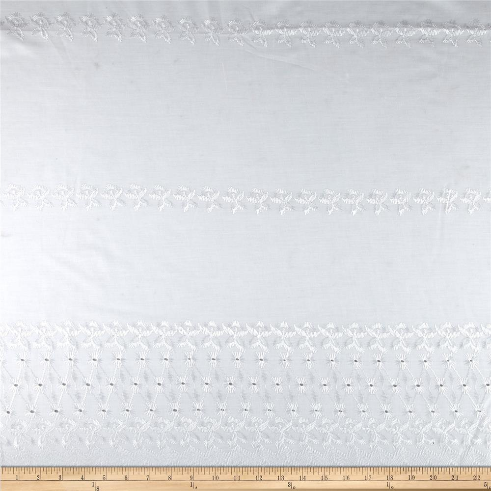 Single Scalloped Eyelet Starburst White