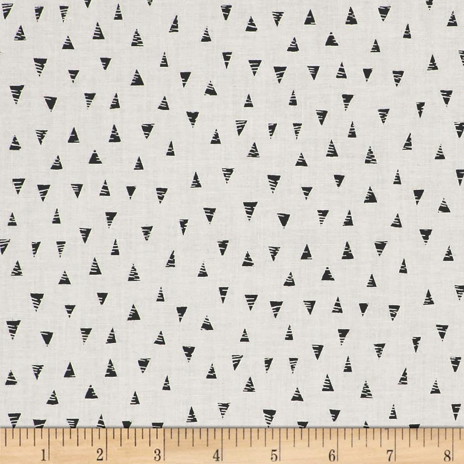 Monochrome Triangles White