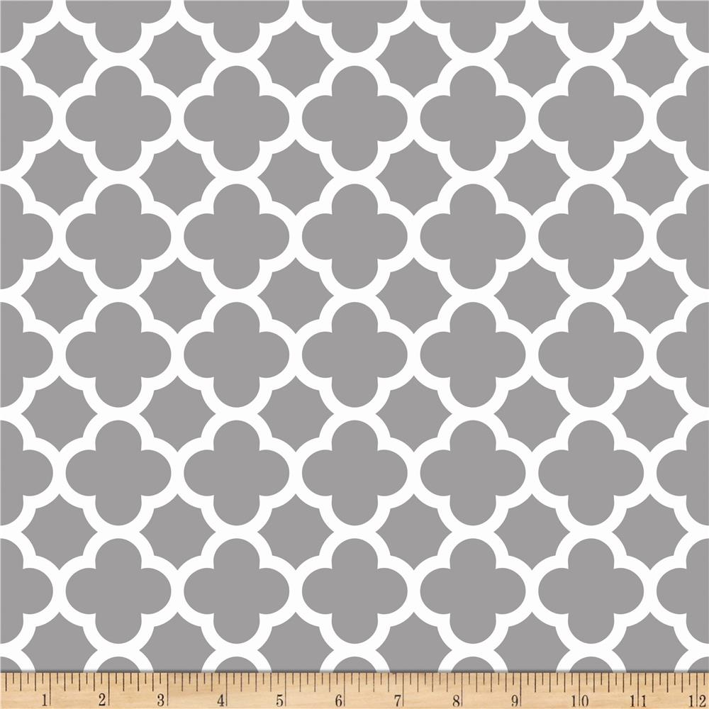 Riley Blake Quatrefoil Gray