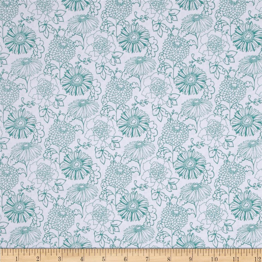 Stonewall Bloom Medium Toss Floral White