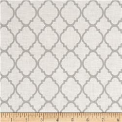 Quatrefoil White/Grey