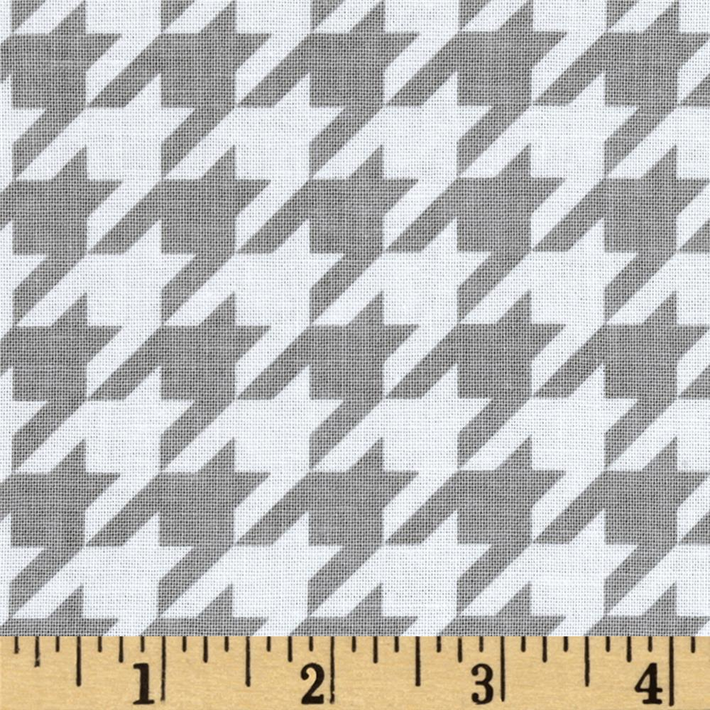 Riley Blake Medium Houndstooth Gray