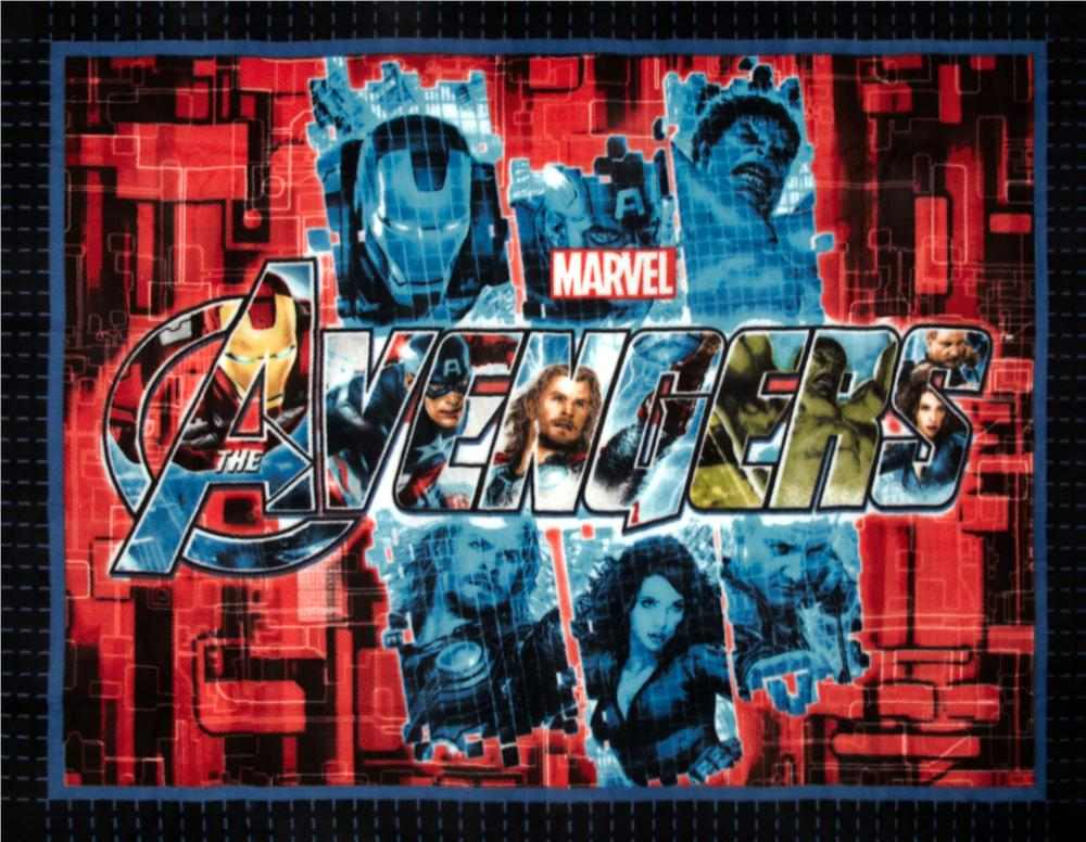 The Avengers No Sew Fleece Throw Kit Collage Black/Red