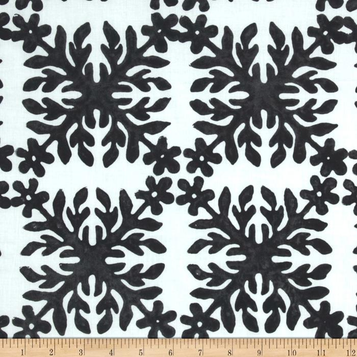 Bali Batiks Square Leaf Black/White