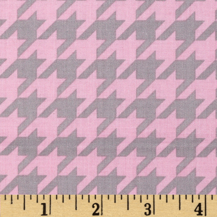 Riley Blake Medium Houndstooth Baby Pink/Grey Fabric