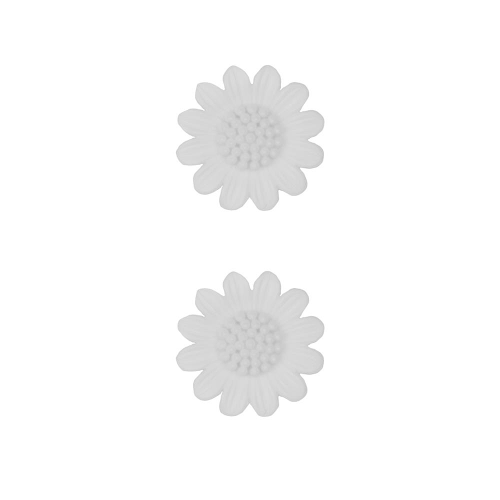 Dill Novelty Button 3/4''  Daisy White