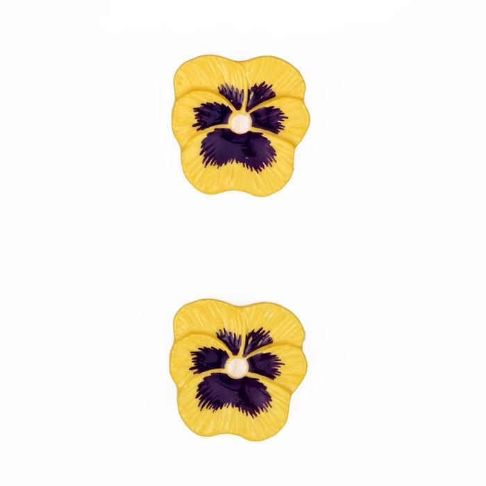 Novelty Button 3/4'' Pansy Flower Yellow