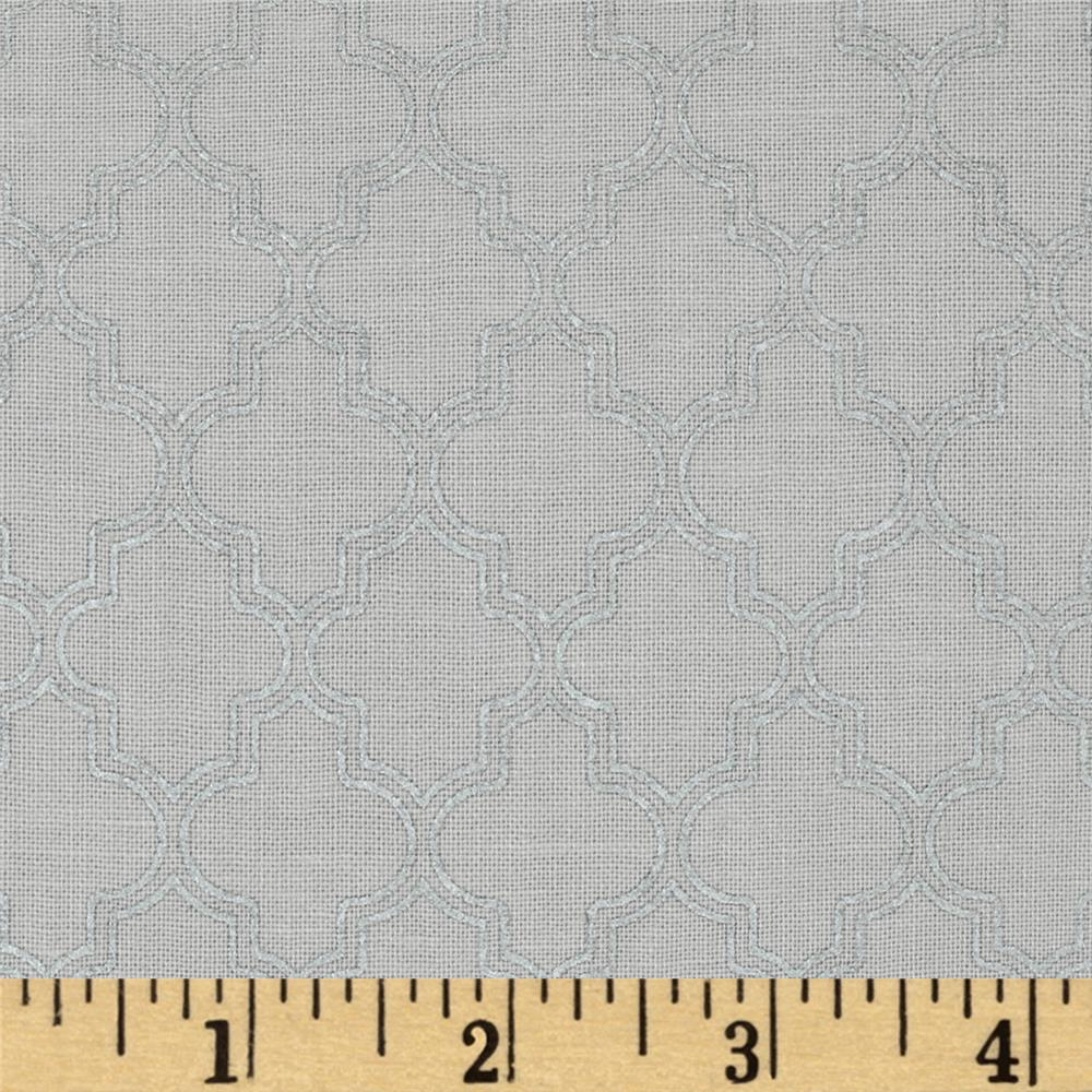 Pearl Essence Quatrefoil Grey