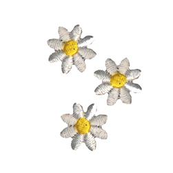 Simplicity Iron On Appliques 3/Pkg White Daisies